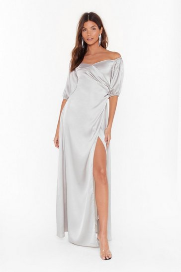 Womens Silver Break It Off-the-Shoulder Satin Maxi Dress