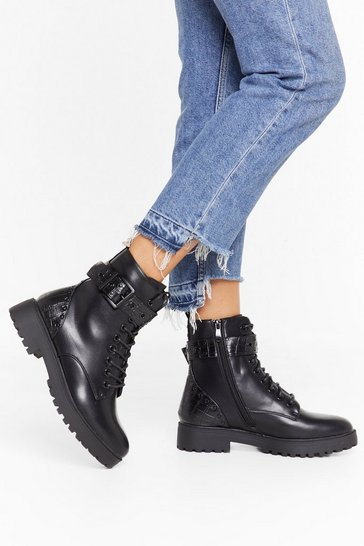 Womens Black Gimme Some Stud News Faux Leather Biker Boots