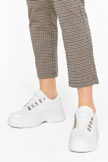 Womens White Croc Searching Faux Leather Chunky Sneakers