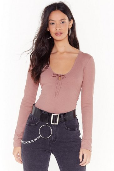Womens Rose Rib Me Down Scoop Neck Top