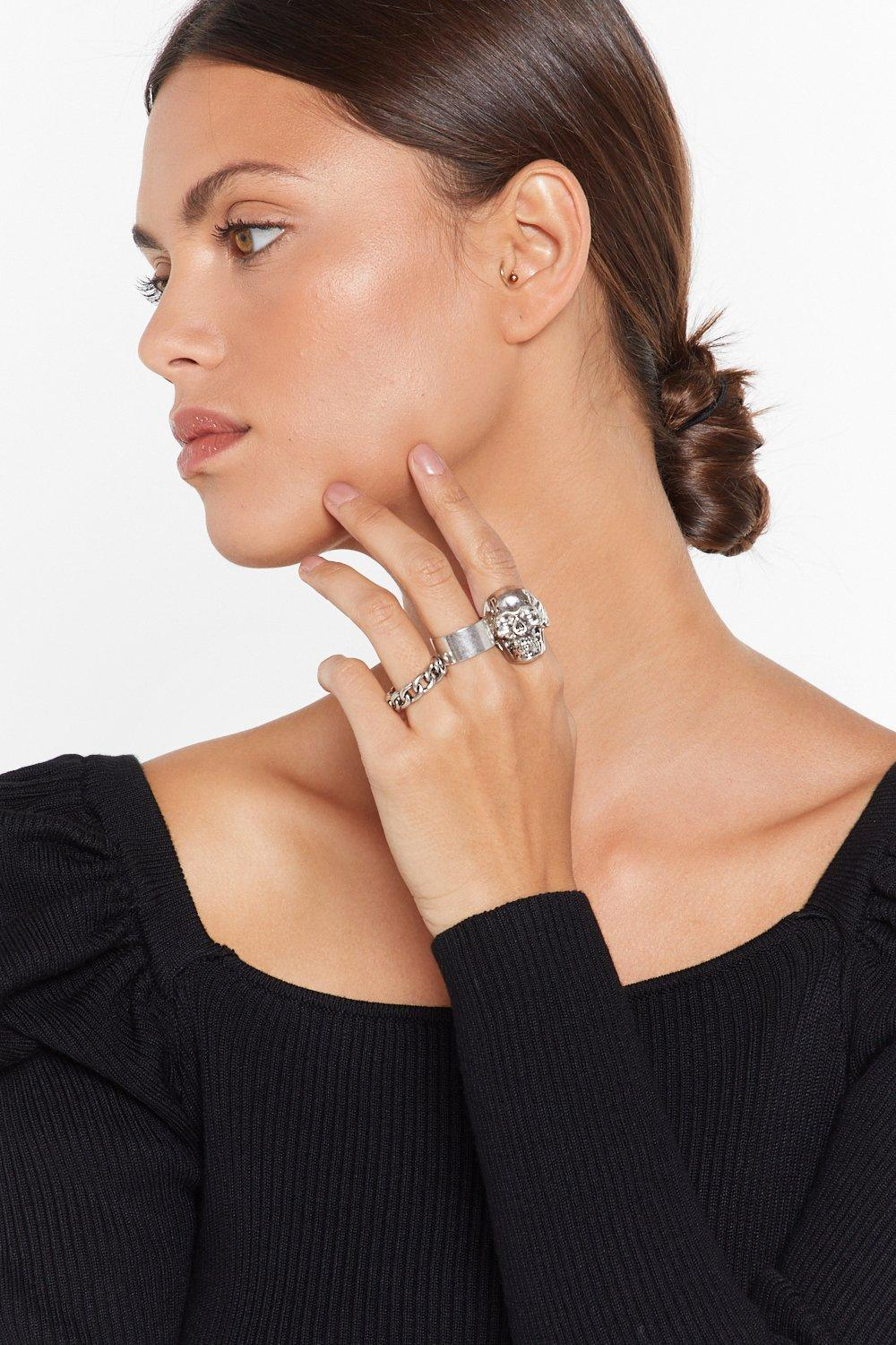 Head Of The Pack 3 Pc Ring Set by Nasty Gal
