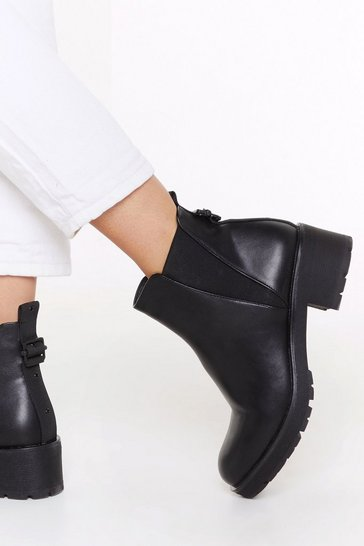 Black V Gusset Cleated Chelsea Boot