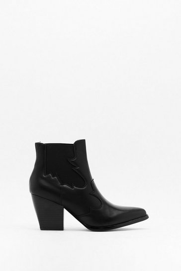 Black Tipping Gusset Chelsea Boot