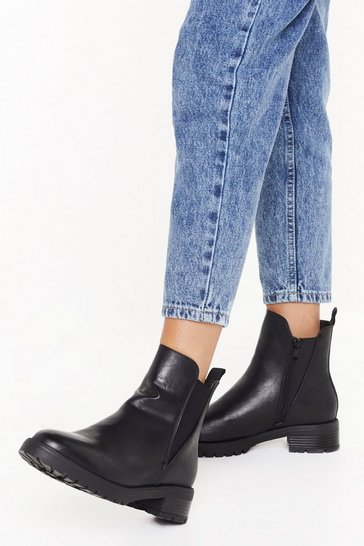 Womens Black Cleated pu v gusset chelsea boots
