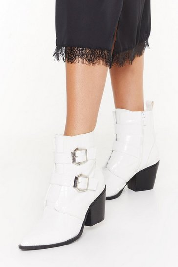 Womens White Point 'Em My Way Faux Leather Croc Boots