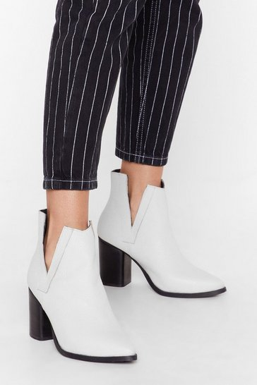 Womens White V cut out tumbled leather heeled boots