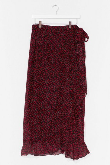 Black A Floral Filler Plus Wrap Skirt