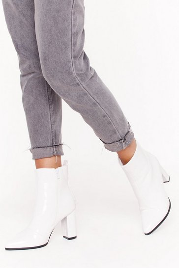 Bottines vernies pointues à talons, White, FEMMES
