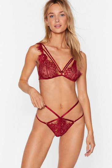 Womens Wine Eyelash You Again Lace Strapy Bralette and Panty Set