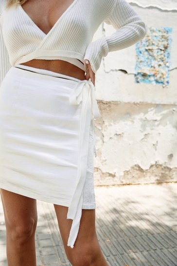 Womens White Trim Me Over Satin Mini Skirt