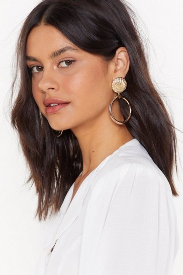 Womens Gold Give 'Em Shell Drop Earrings
