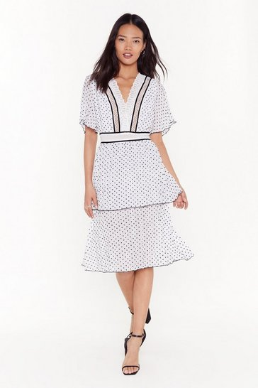 Womens White Sleeve 'Em in Tiers Crochet Midi Dress