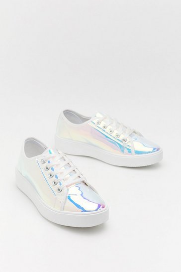 Womens White Holo At Cha Girl Trainers