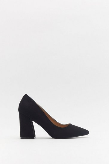Womens Black Get to the Point Faux Suede Court Heels