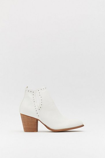 Womens White Pin Stud Notch Cut Out Ankle Boot