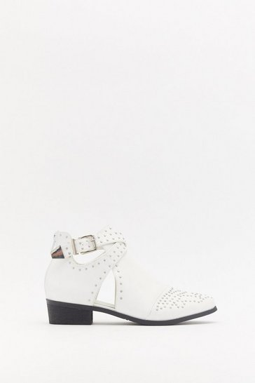 Womens White Treat 'Em Stud Cut-Out Boots