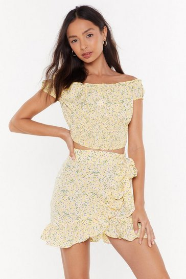 Womens Lemon Oops-a-Ditsy Off-the-Shoulder Floral Crop Top