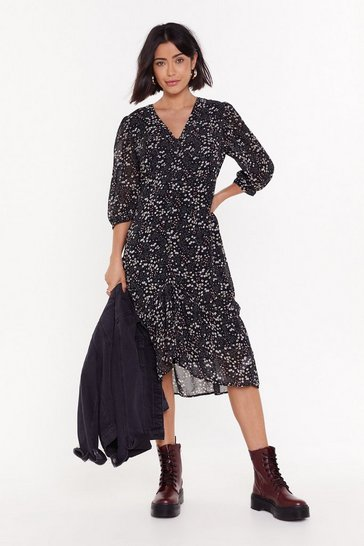 Womens Black Find Me in the Garden Floral Maxi Dress