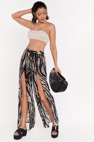 Womens Stone Welcome to the Wild Side Animal Cover-Up Pants