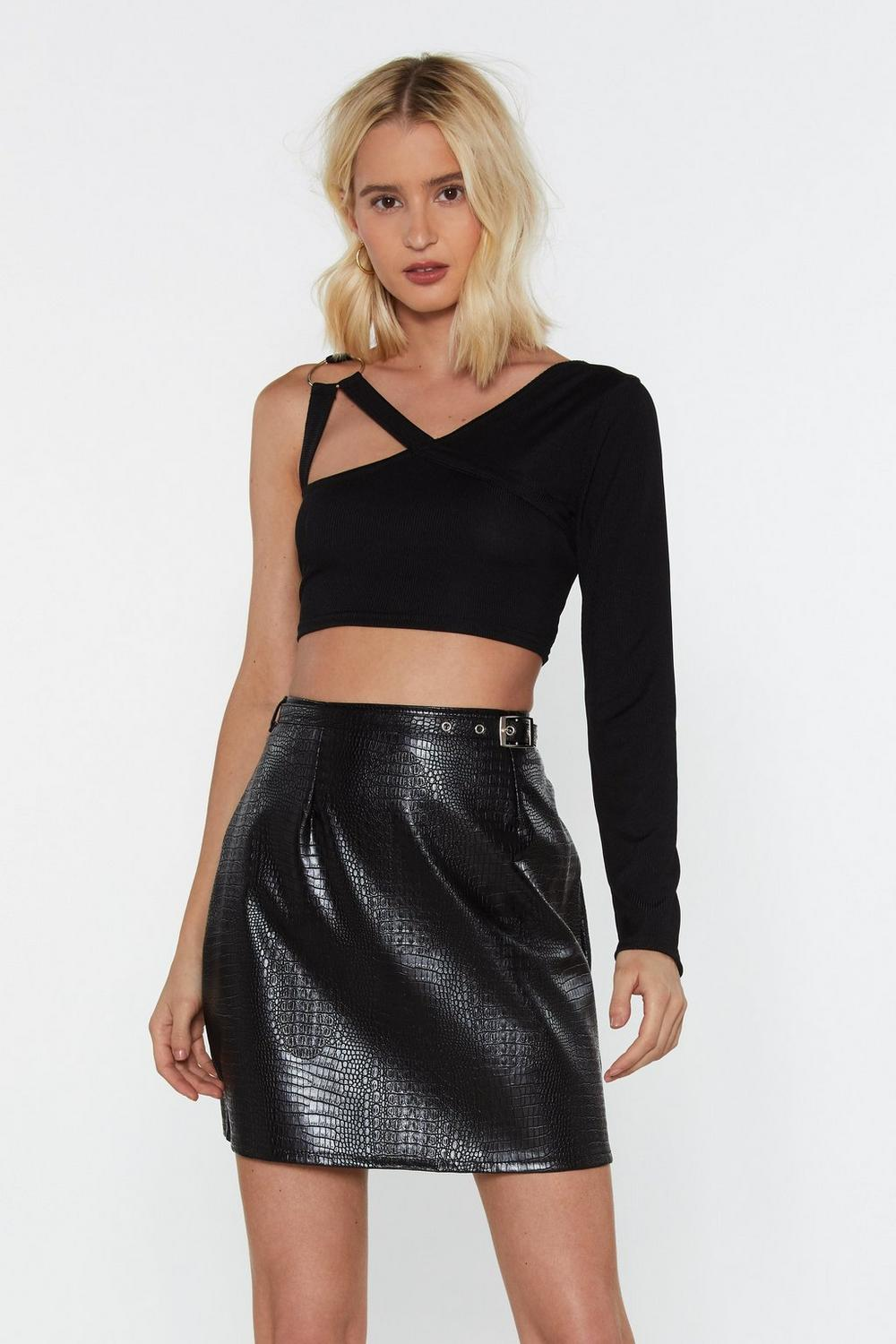 Metal Ring Strappy One Should Crop Top by Nasty Gal