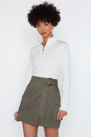 Womens White O-Ring Ring Turtleneck Top