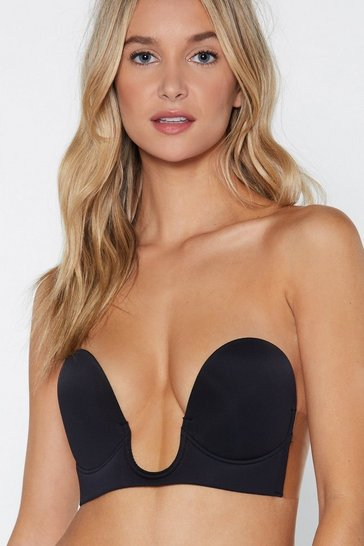 Black Stick On V Neck Strapless Bra