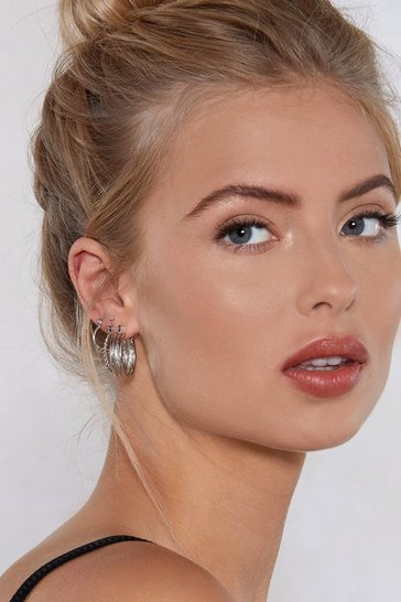 Womens Silver One's Company Hoop Earring Set