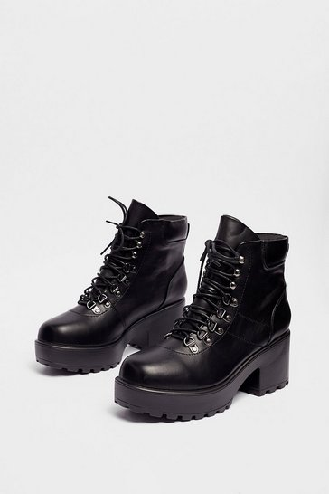 Black Walk On By Lace-Up Platform Boots