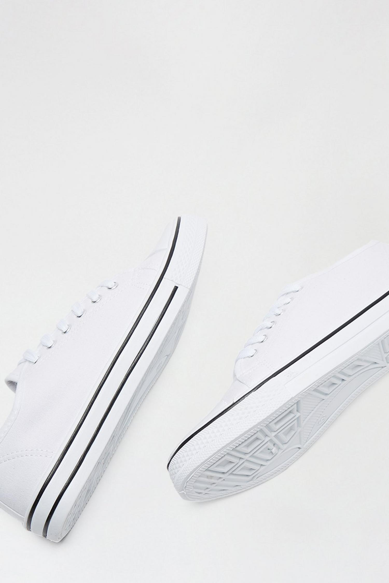 173 White India Canvas Lace Up Trainer image number 4