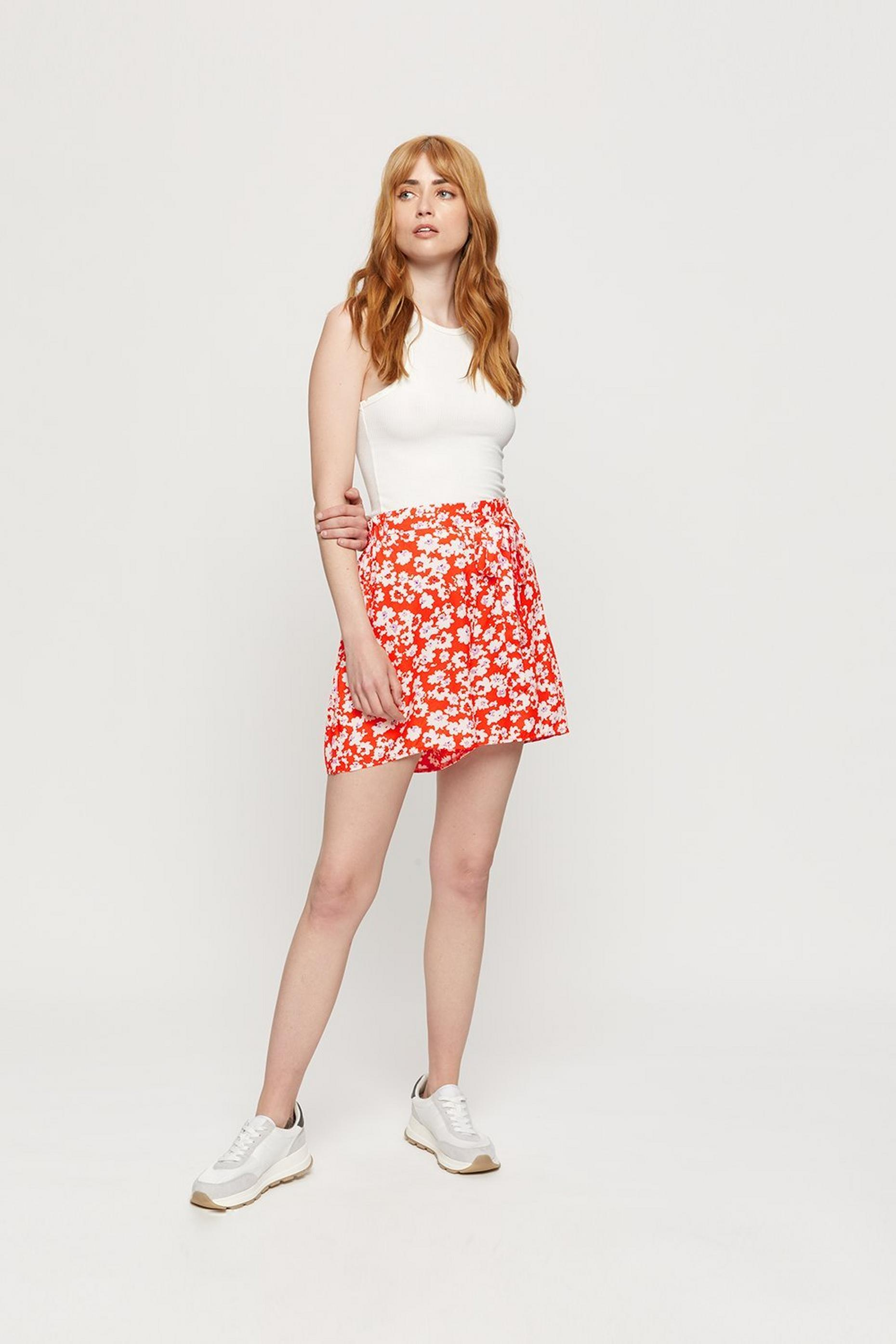 Red Ditsy Tie Front Woven Short