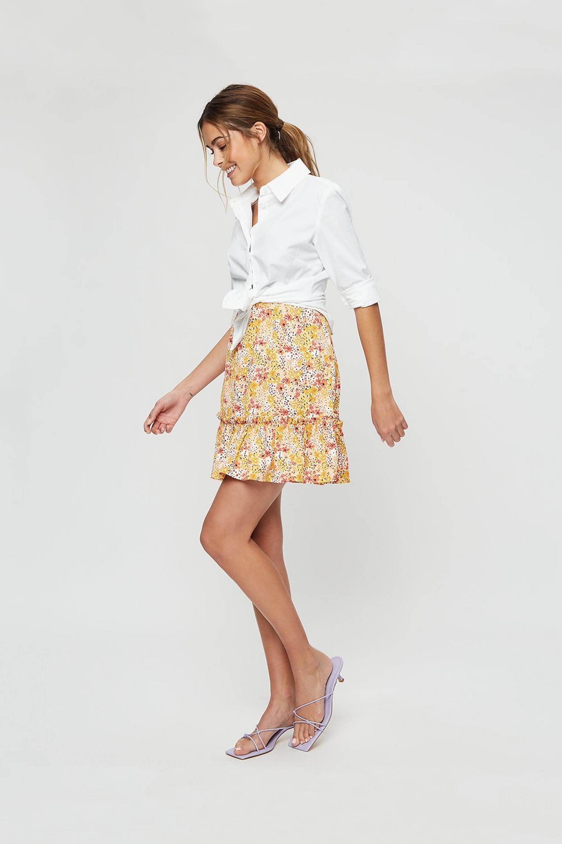 Ditsy Tiered Hem Textured Mini Skirt