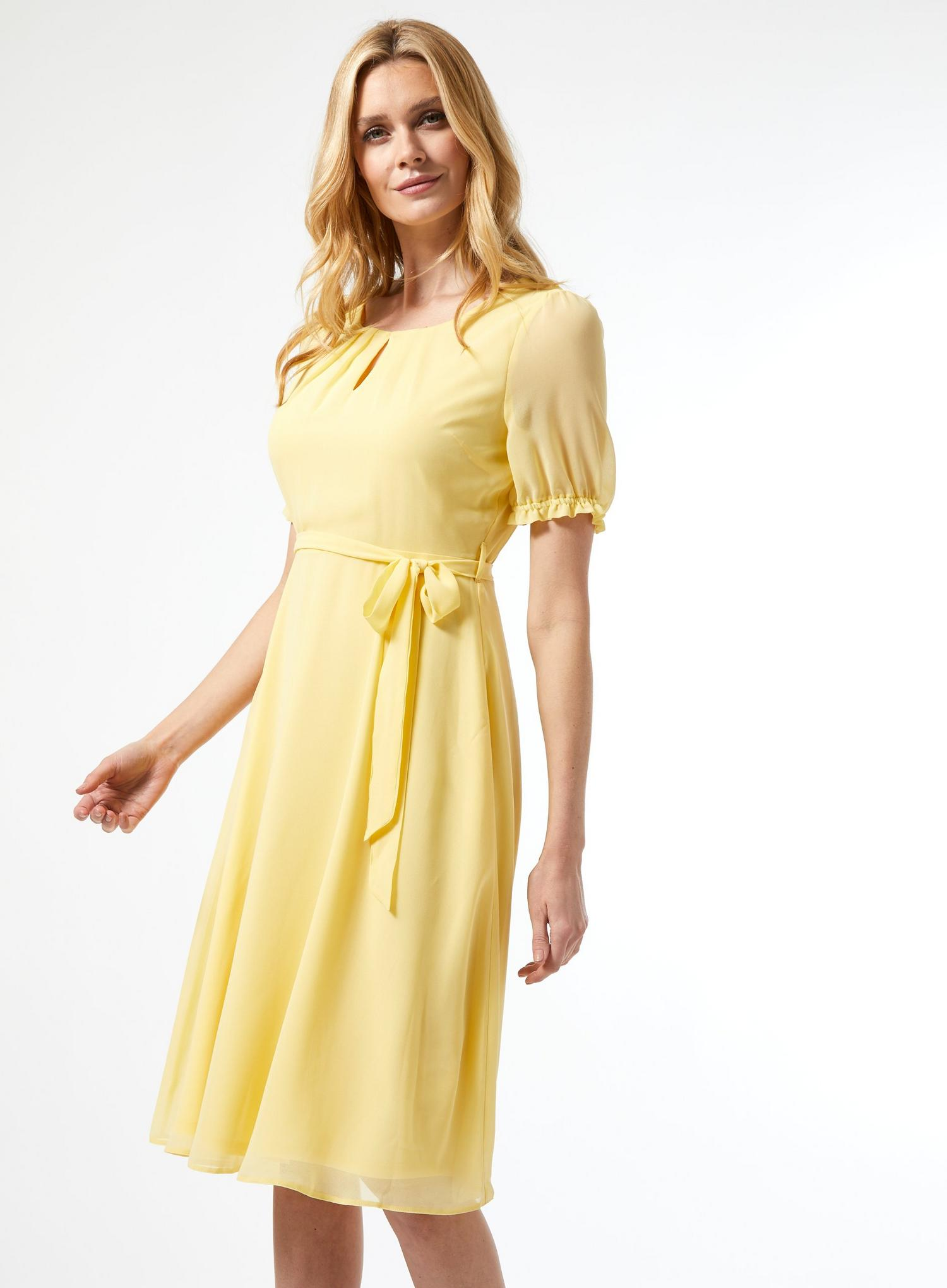 174 Billie Lemon Key Hole Puff Midi Dress image number 4