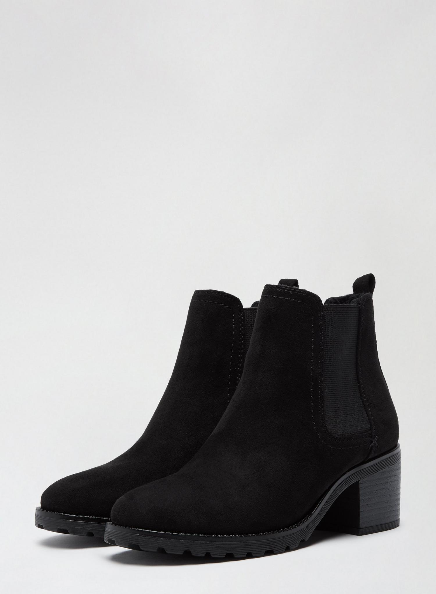 105 Black Ami Chelsea Boots image number 1