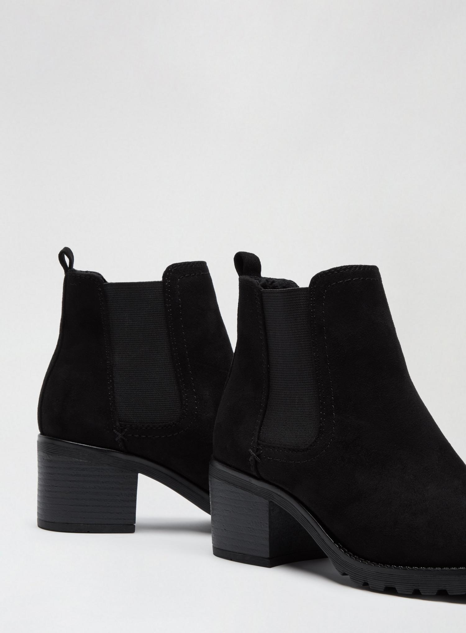 105 Black Ami Chelsea Boots image number 3