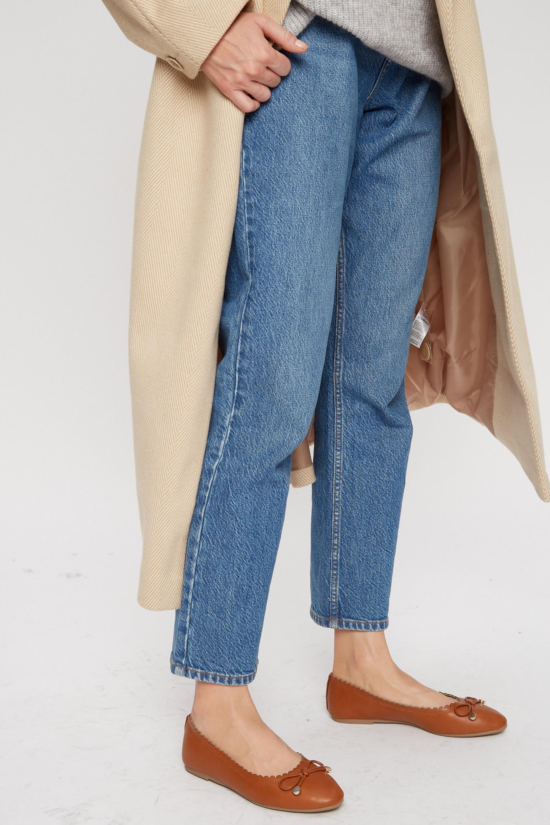 Tan Peace Pumps