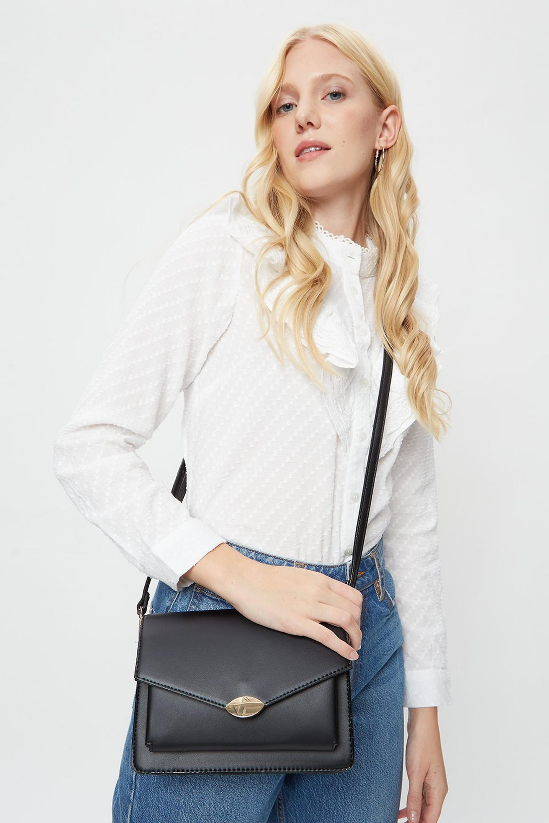 Black Pocket Front Envelope Cross Body