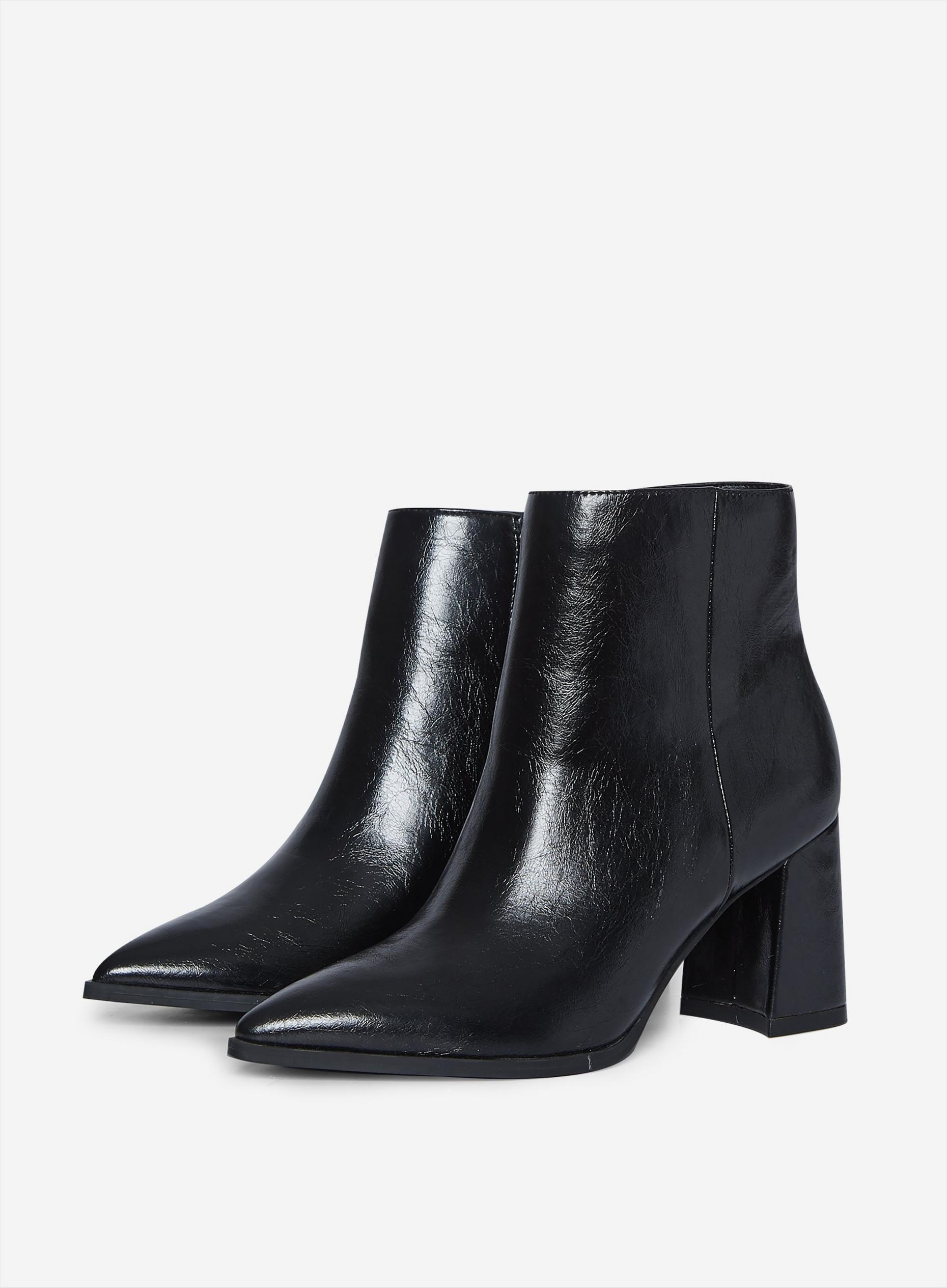 Black Analisa Point Boots