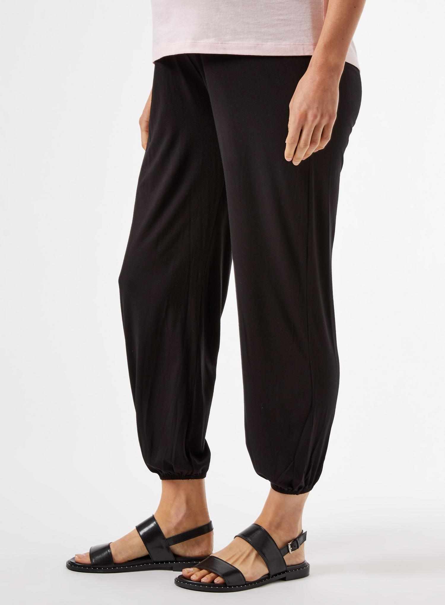 105 Maternity Black Joggers image number 3