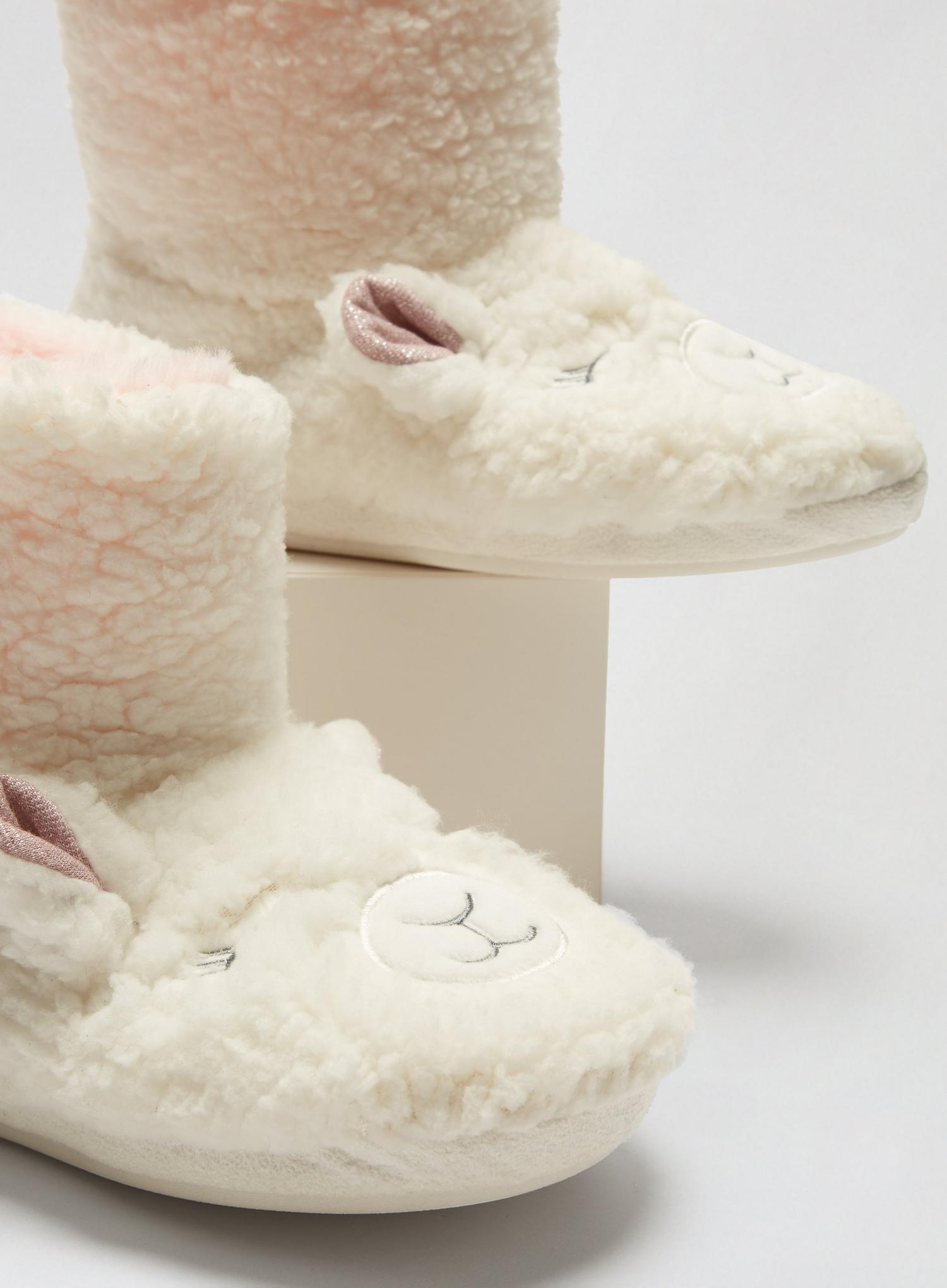 173 White Novelty Lamb Boots image number 3