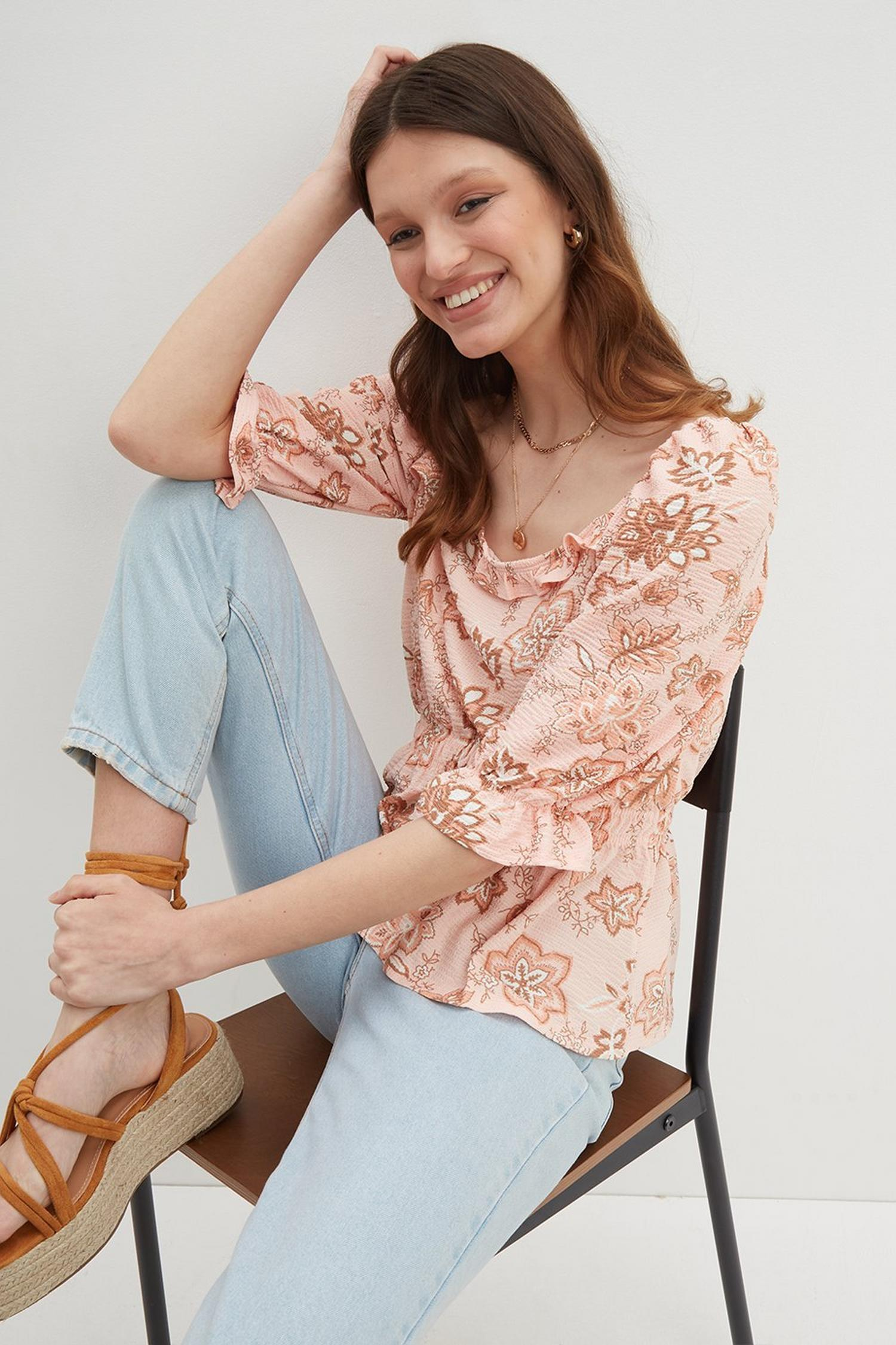 153 Paisley Square Neck Textured Top image number 1
