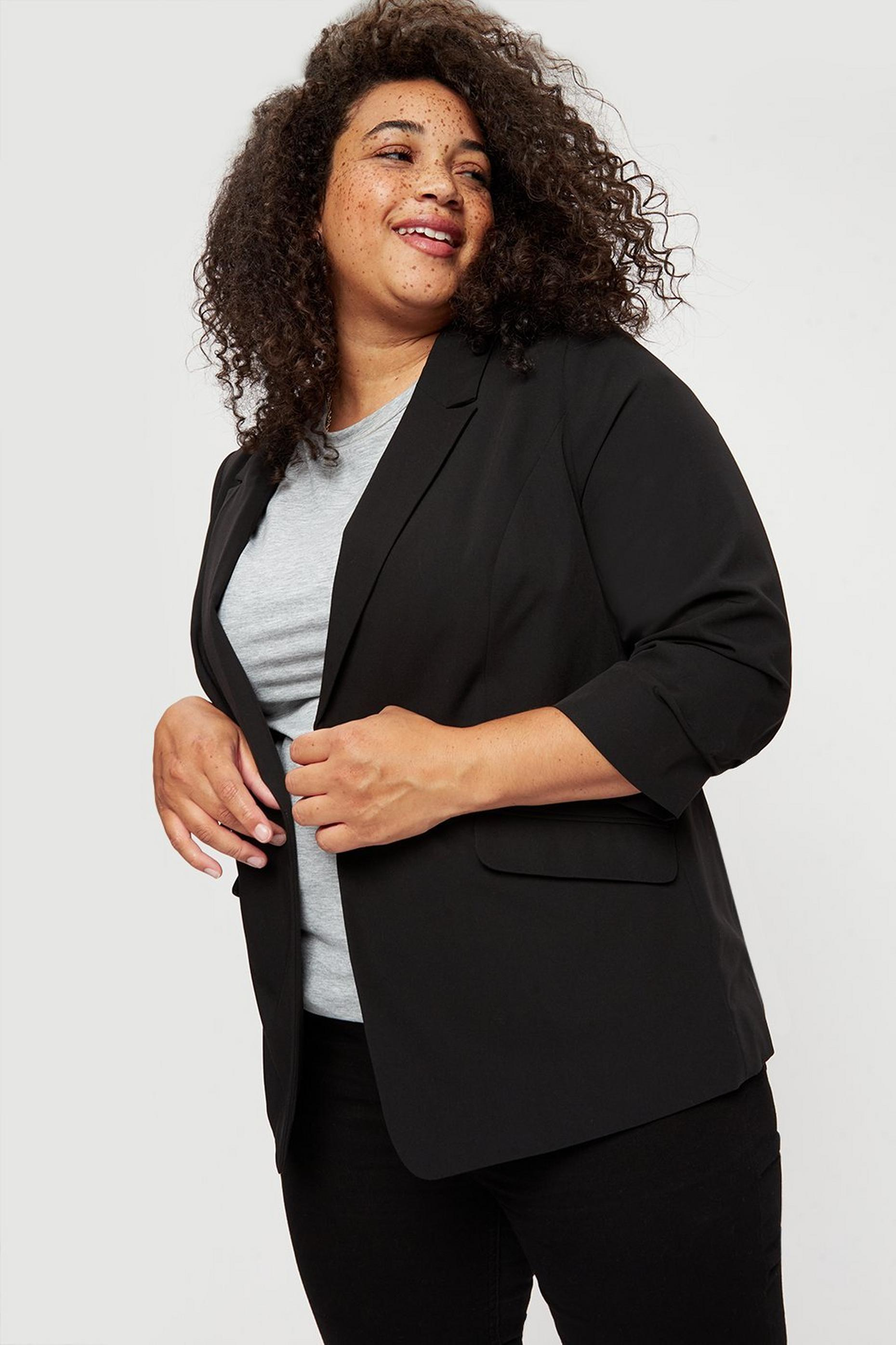 Curve Black Edge To Edge Jacket