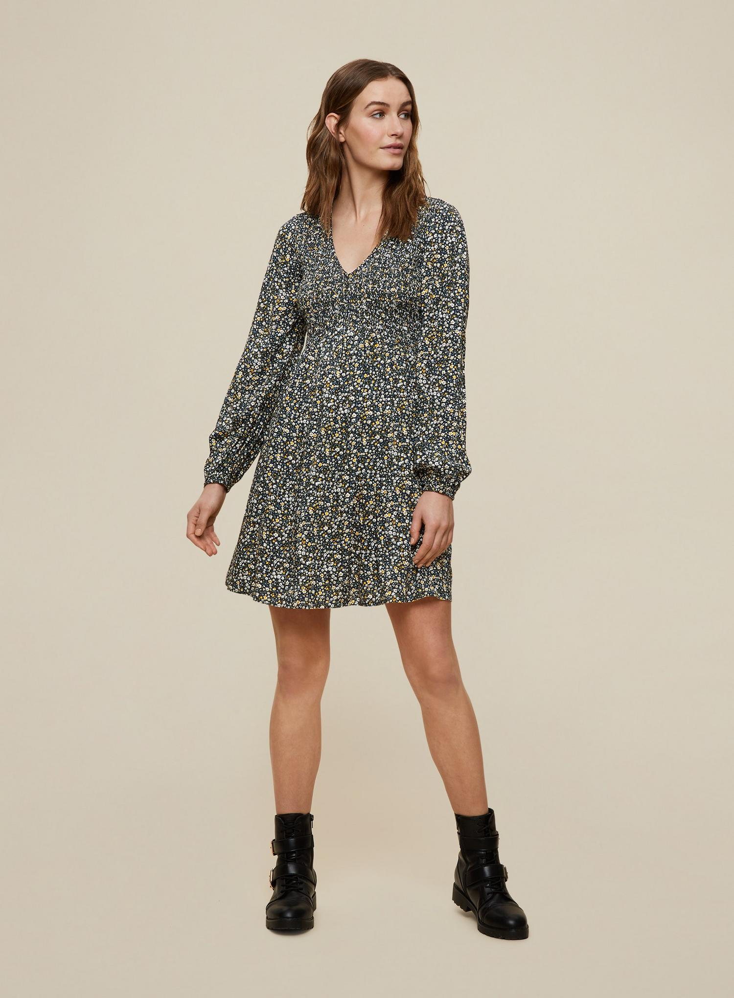 144 Green Ditsy Print Sheered Sleeve Dress image number 1