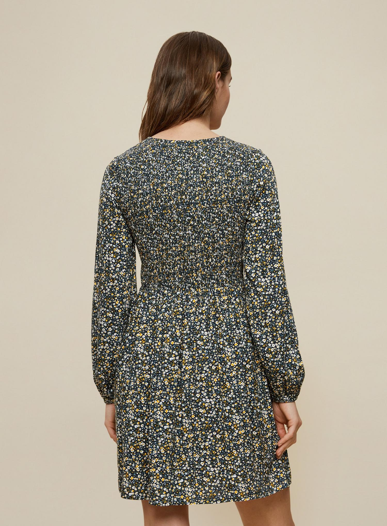 144 Green Ditsy Print Sheered Sleeve Dress image number 2