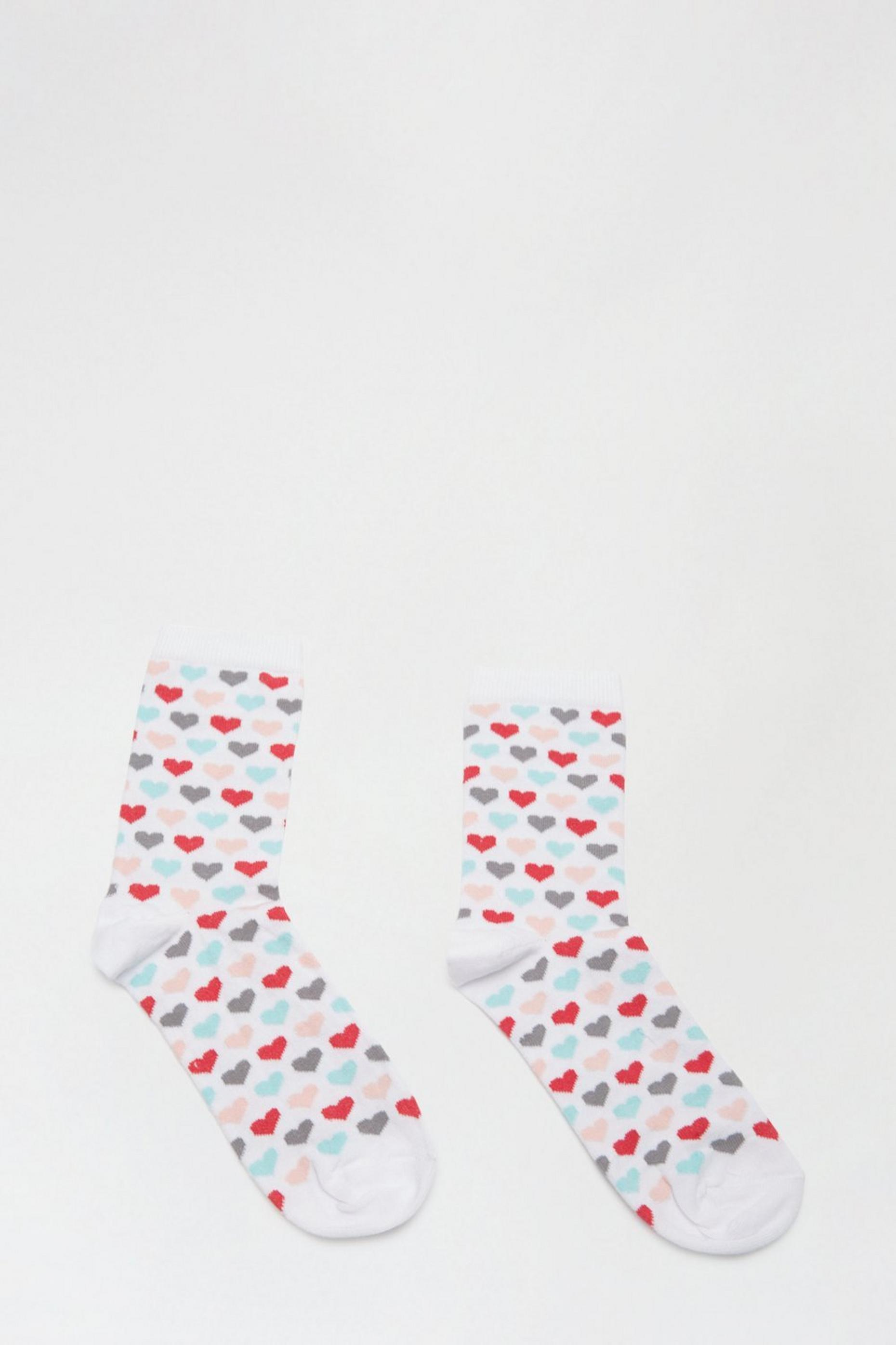 White Heart Print Ankle Socks