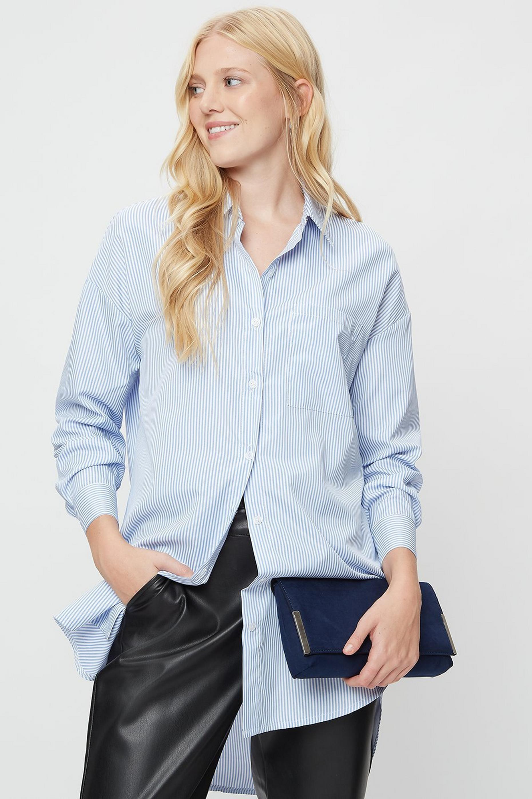 Navy Metal Side Bar Clutch