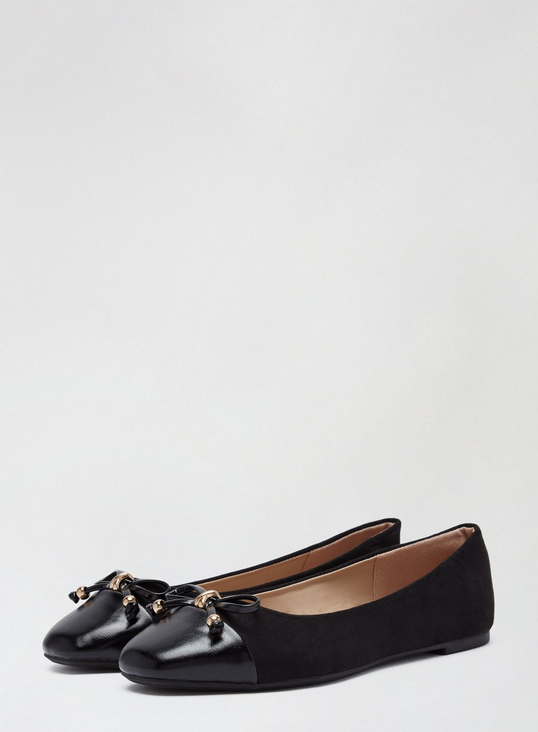 Black Peanut Ballerina Pumps