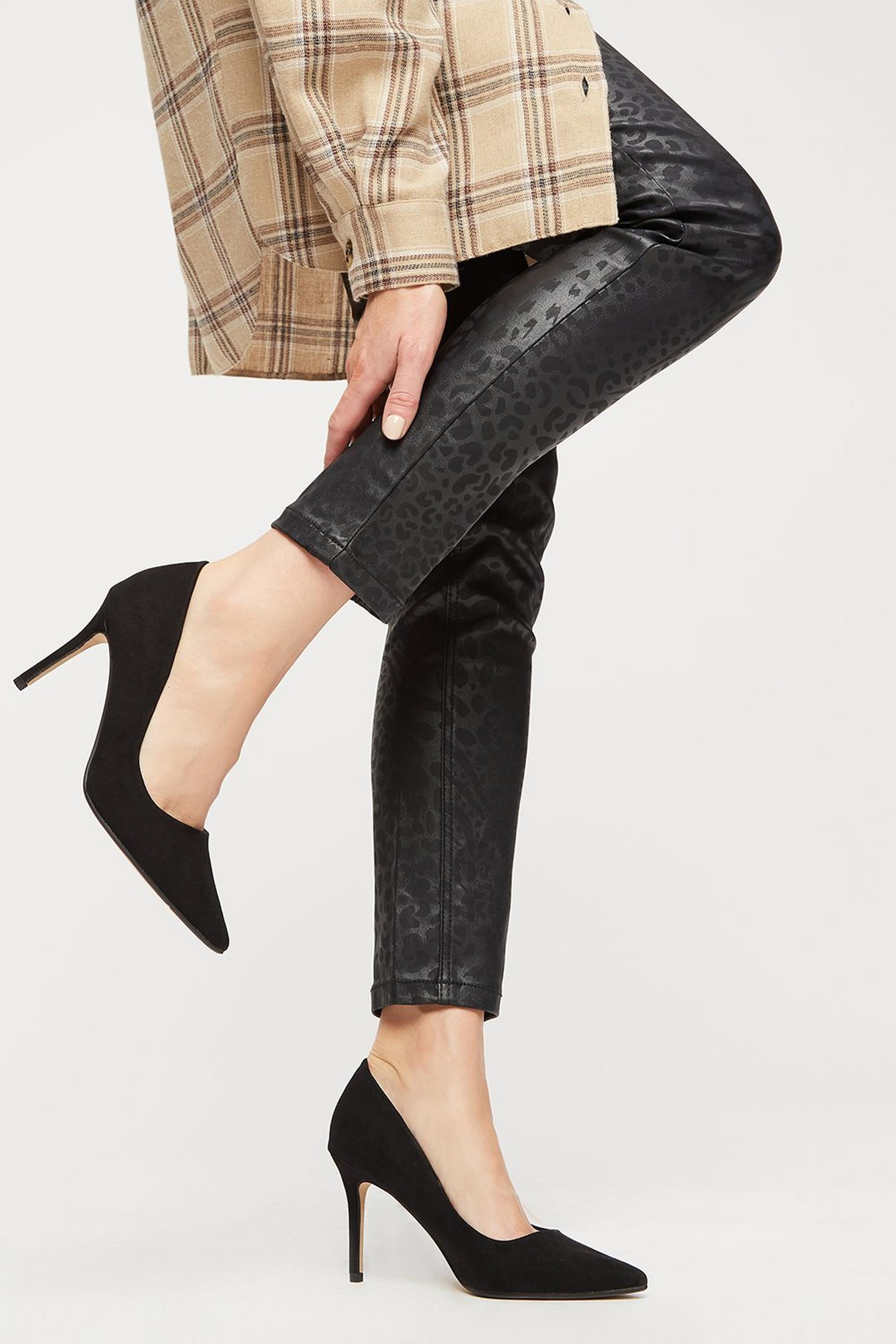 Black Dele Court Shoes