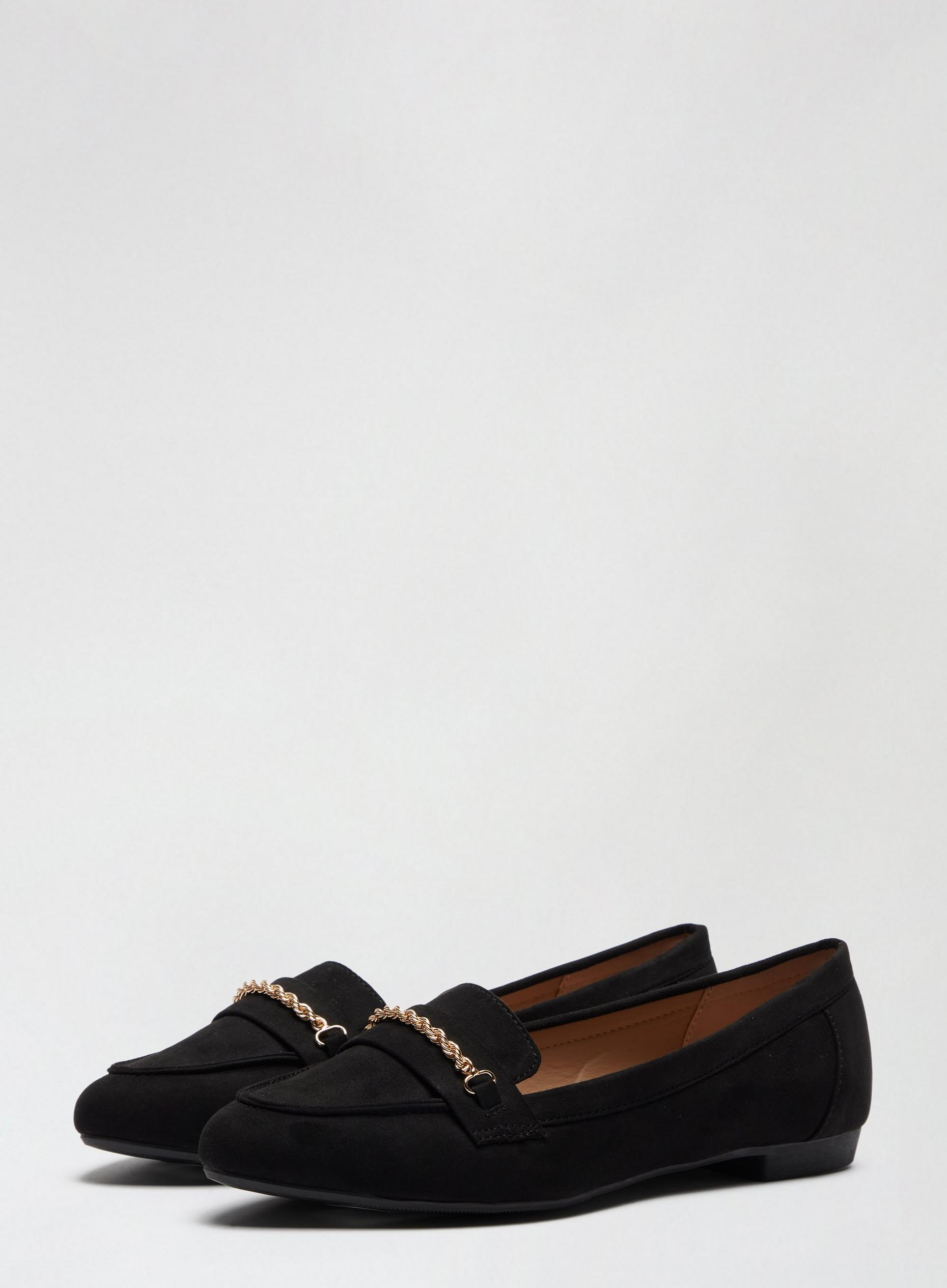 Black Preppy Pumps