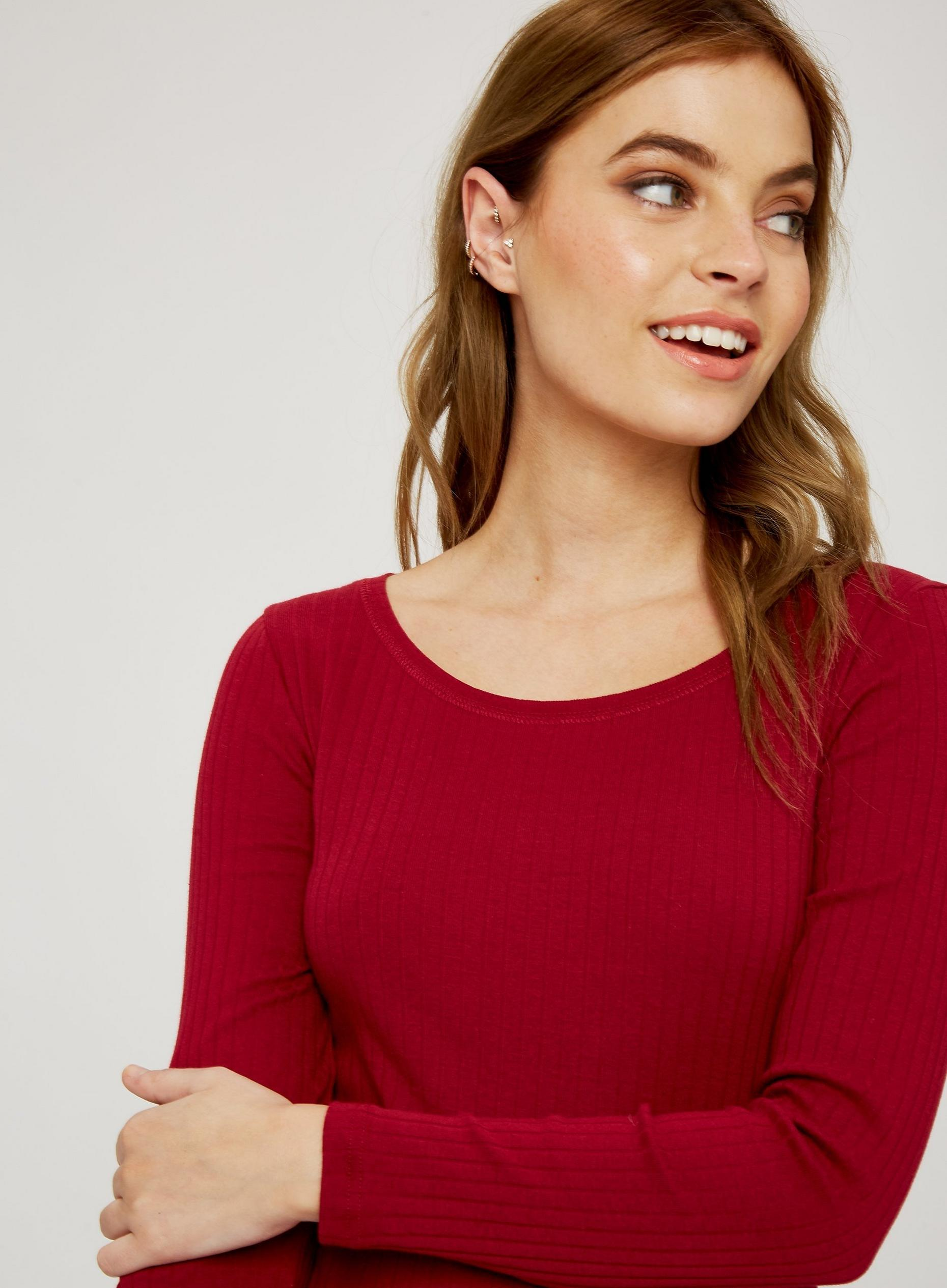 Petite Red Rib Scoop Neck Organic Cotton Top