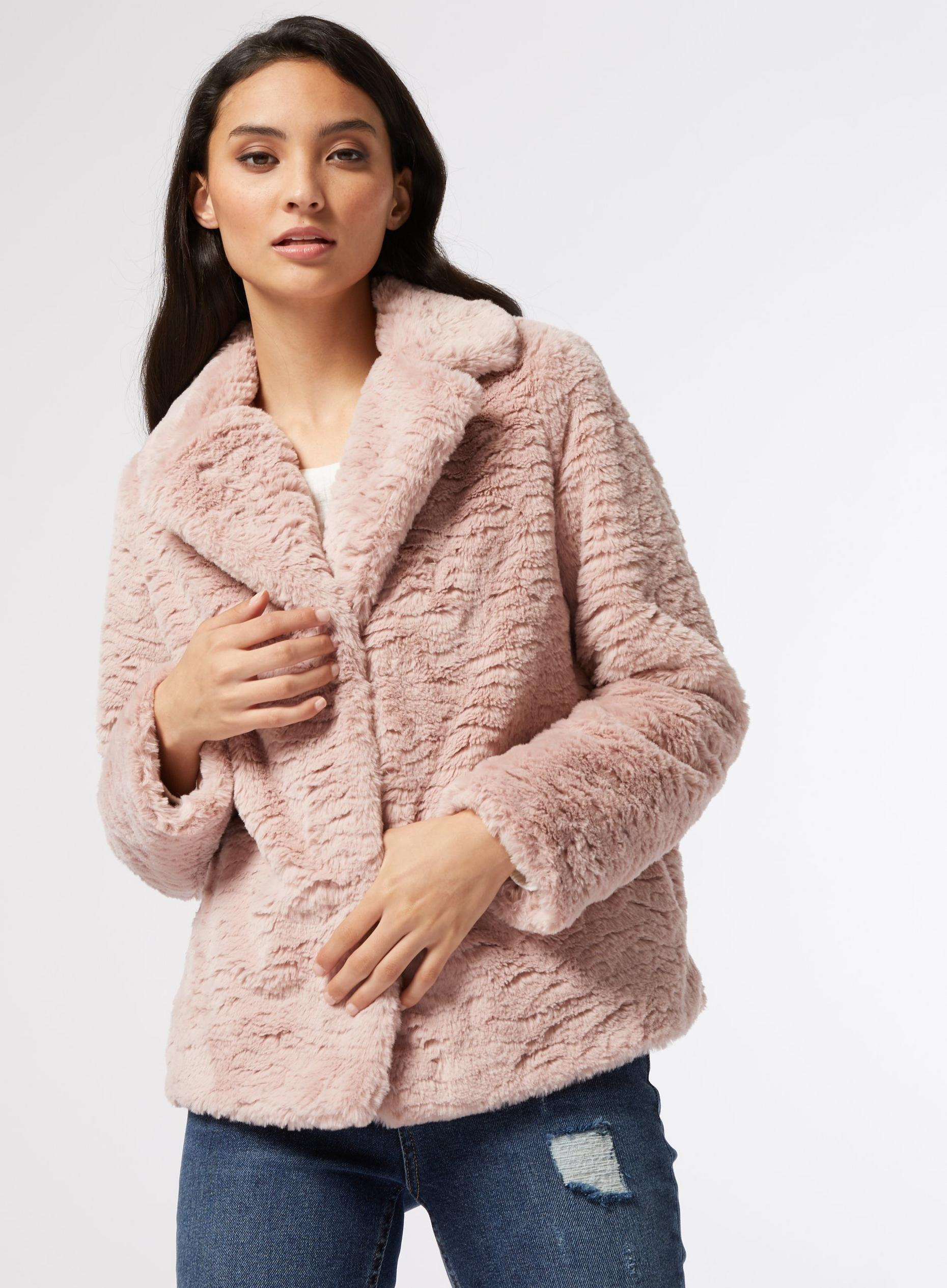 DP Petite Pink Short Textured Faux Fur Coat